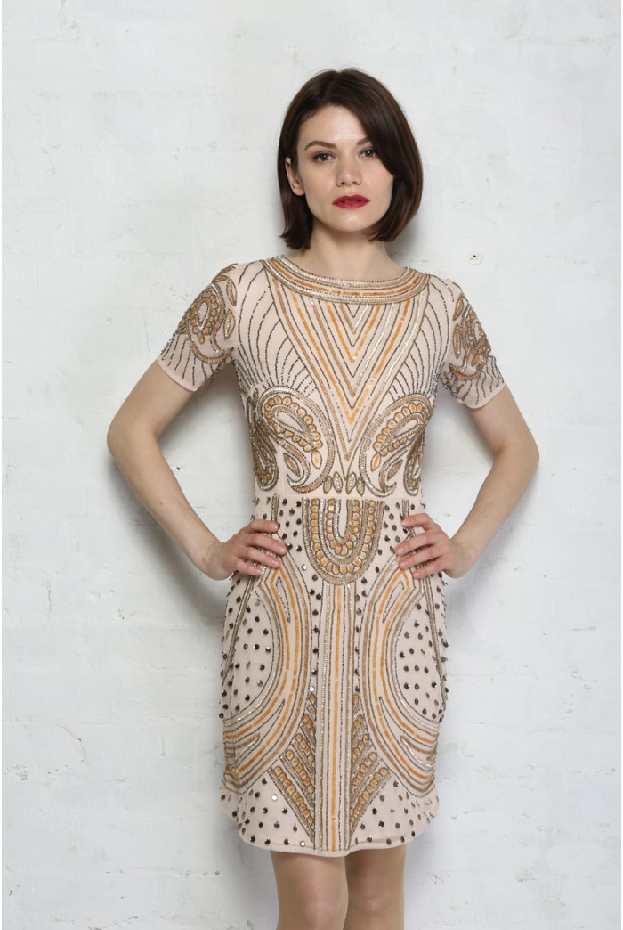 Shop s flapper dresses, 20s flapper costumes, fringe flapper dresses, short flapper dresses, long beaded flapper gowns for a roaring 20s, Great Gatsby or Halloween party.