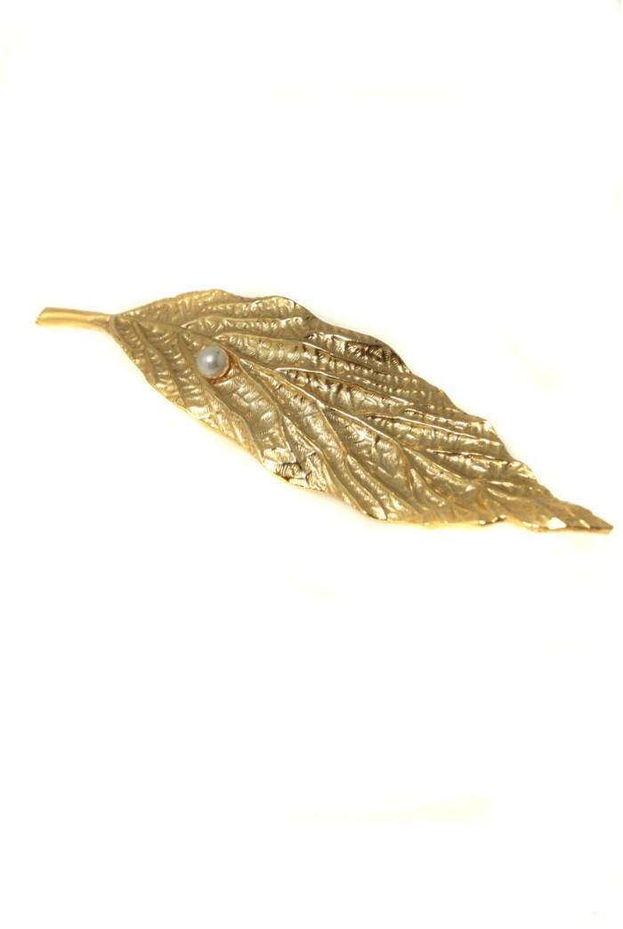 Vintage Sphinx Leaf Brooch