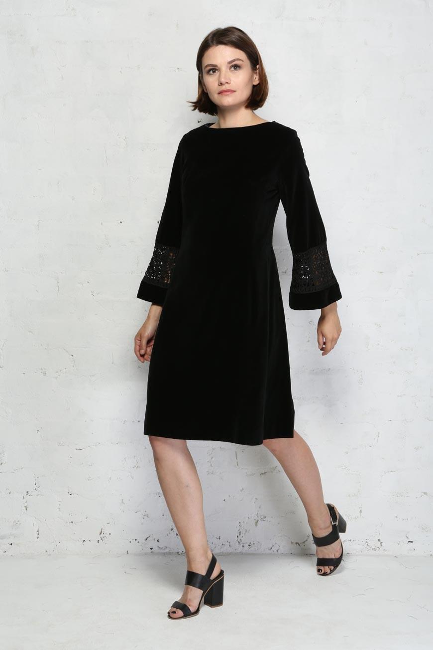 Vintage Black Velvet Dress Long Sleeved 1960s Dress