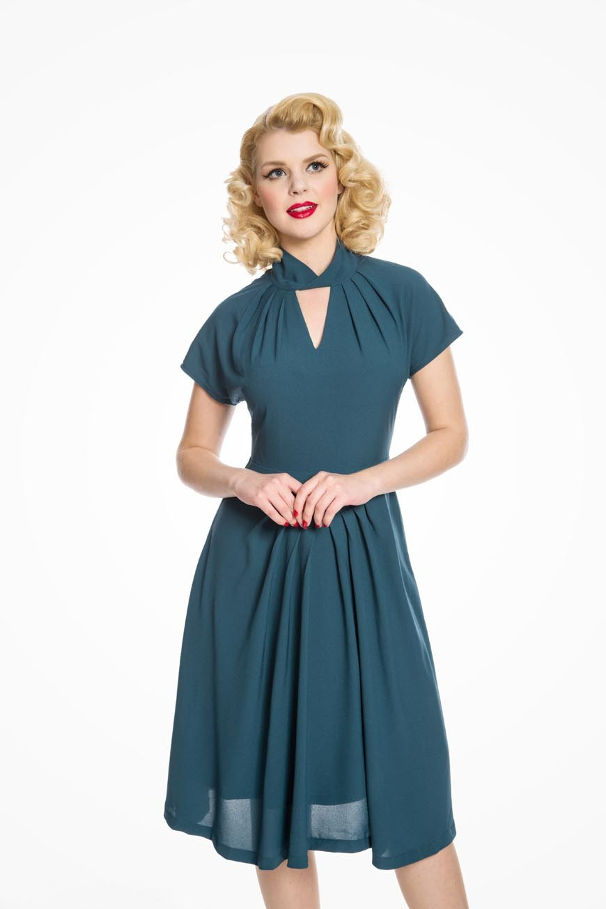 Authentic Natural 1950s Makeup History and Tutorial Pleated Teal Swing Dress £38.00 AT vintagedancer.com