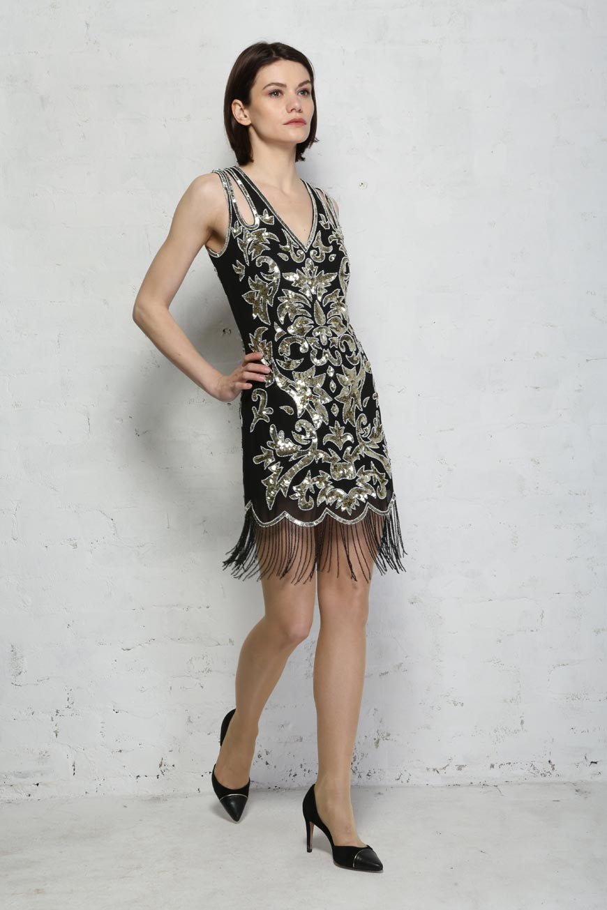 1920s Style Dresses, Flapper Dresses Black And Gold Sequin Flapper Dress £94.50 AT vintagedancer.com