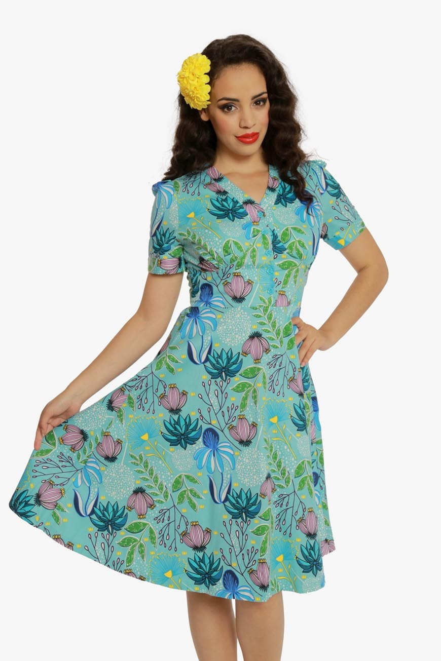 1940s Style Dresses | 40s Dress, Swing Dress Tiki Floral Tea Dress £35.00 AT vintagedancer.com