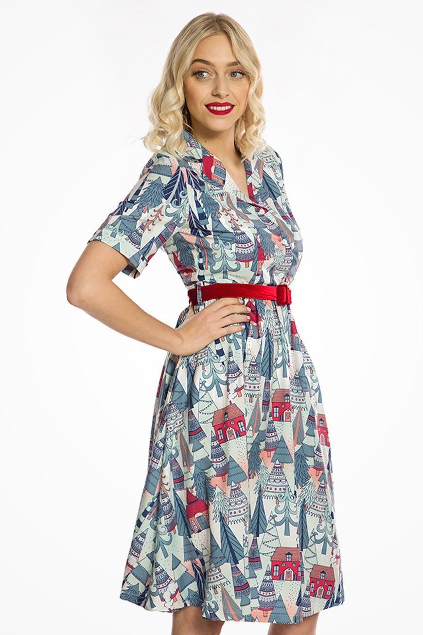 1940s Fashion Advice for Tall Women Christmas Tree Print Dress £40.00 AT vintagedancer.com